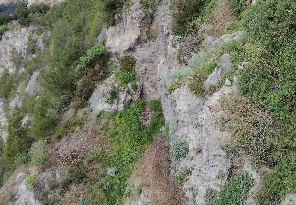 Segnalazione pericolo a Maiori in Zona Campo – Vena/Sentiero dei limoni_Positano News
