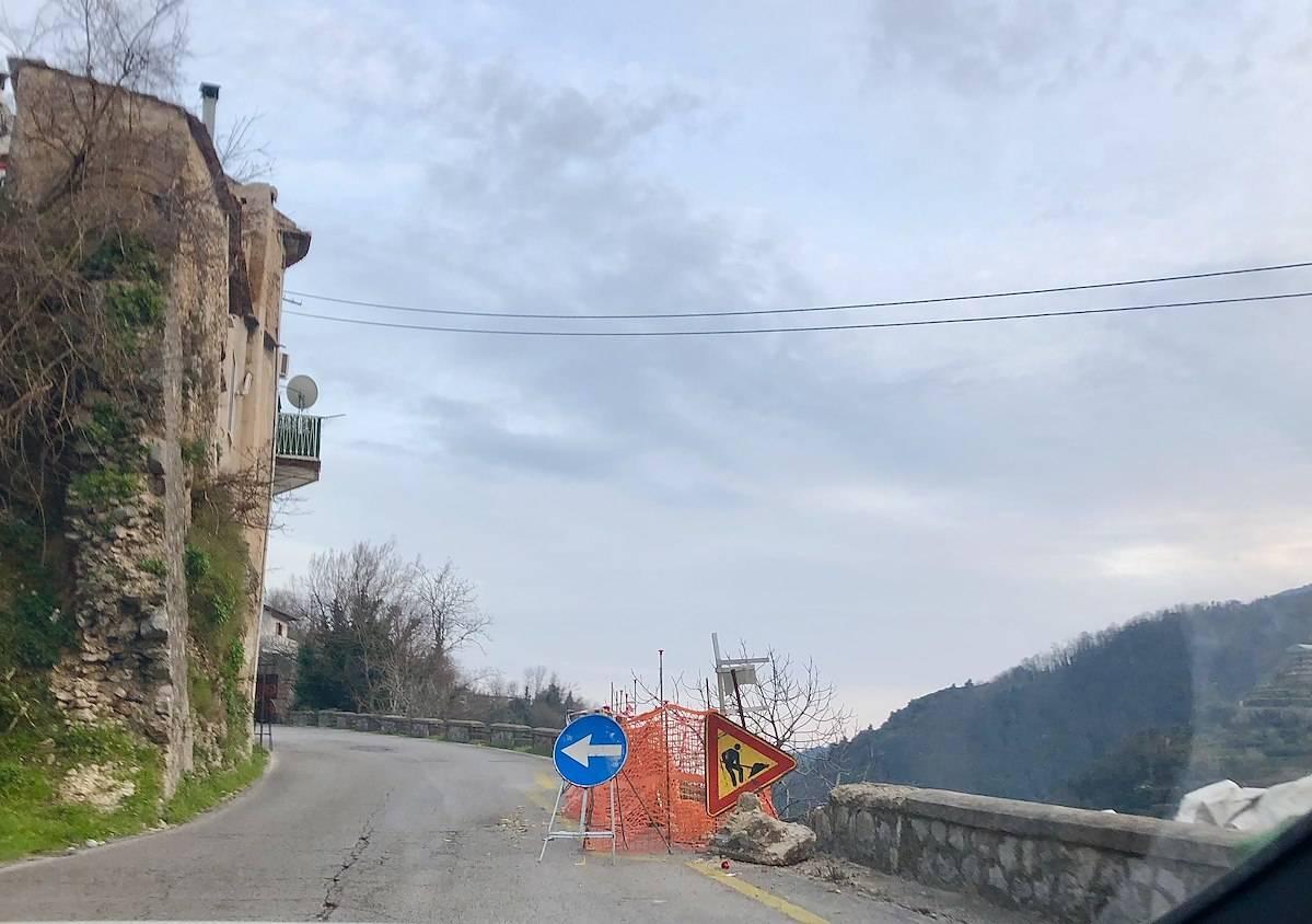 Tramonti, lavori urgenti da parte della Provincia per mettere in sicurezza SP2 in via Sclavo