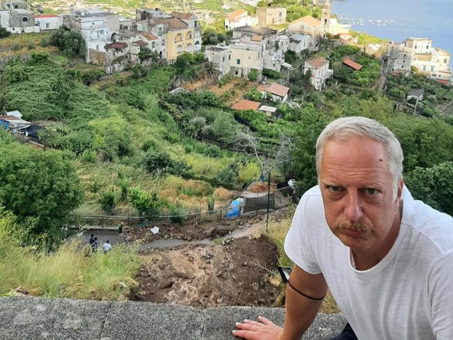 """Antonio Scurati """"Incuria e illegalità, così la mia Costiera frana sotto i piedi"""""""